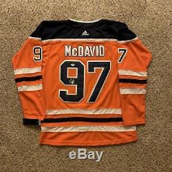 Connor McDavid Signed Edmonton Oilers Jersey PSA/DNA COA