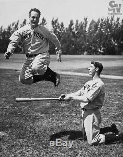 Incredible Joe Dimaggio 1939 Rookie Era Signed Game Used Bat PSA DNA + JSA COA