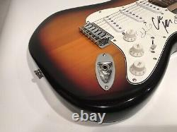 Lady A LADY ANTEBELLUM Autographed Fender Strat Guitar PSA/DNA COA Country Music