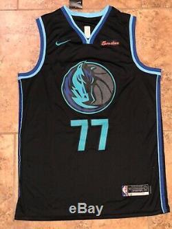 Luka Doncic Signed Dallas Mavericks City Edition Jersey, Autod NBA, Psa/Dna Coa