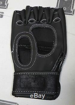 Matt Hughes Signed UFC Glove PSA/DNA COA Autograph 60 34 112 79 63 50 52 45 42