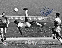 Pele Signed 11x14 Soccer Photo Bicycle Kick Autographed PSA/DNA COA Blue