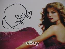 TAYLOR SWIFT Hand Signed 8'x10' Photo + PSA DNA COA BUY GENUINE